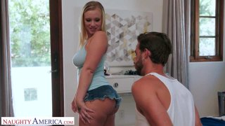 Image: Katie Hunt Gives Her Friend's Brother Some Thick, Juicy Cake
