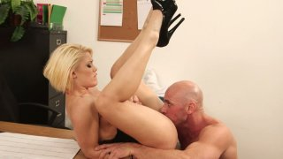 Whorable secretary Ash Hollywood gets a perfect missionary fuck image