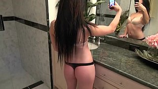 Nikki sending naughty pics to a guy image