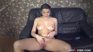 Squirting Girl Thick_All-Natural image
