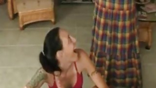 Mom_catches_daughter_giving_blowjob_to_her_son_-_Hotmoza.com image