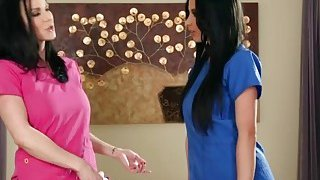 Lesbian_Milf_Kendra_Licking_Anissa_Shaved_Pussy image