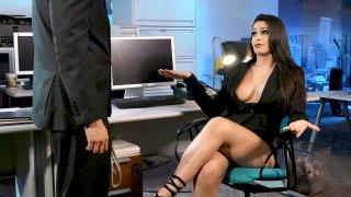 Employee suggests Bondage_Sex_with Boss image
