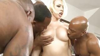 Image: Hot babe Kagney Lynn Karter double ripped by black men