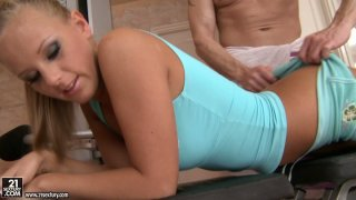 Attractive blonde_diva Barbie White sucks her trainers dick image
