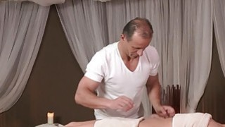 Experienced masseur bangs big ass brunette image