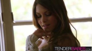 Hot brunette babe Amber Sym loves to masturbate when alone image