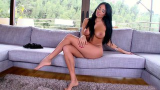 Anissa Kate posing nude and showing her sexy_curves image