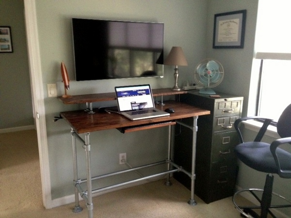 37 DIY Standing Desks Built with Pipe and Kee Klamp  Simplified Building