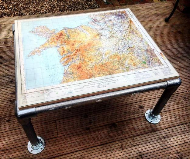 easy diy coffee table: map design - projects - simplified building