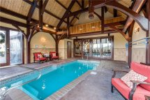 pool summit point cabin in sevierville