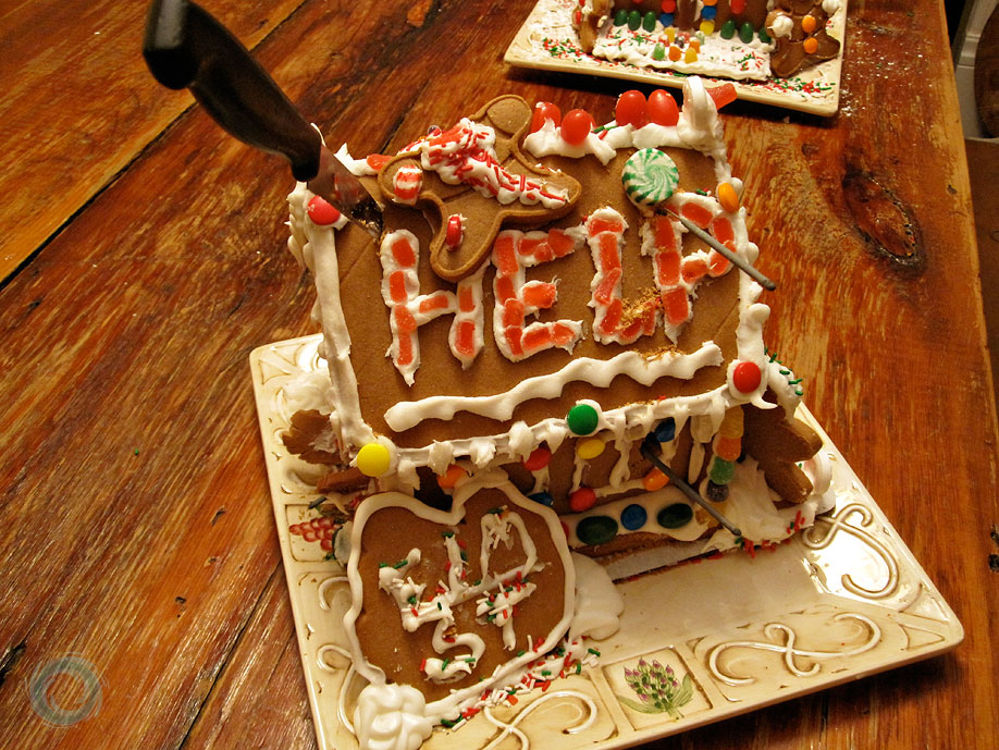 The Most Offensive Gingerbread Houses Ever Made Someecards