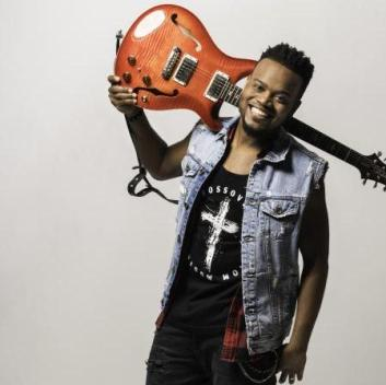 Travis Greene – Love Me Too Much [ Free Mp3 Download ]