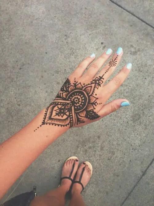20 Car Henna Tattoo Ideas And Designs
