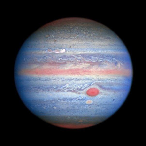 Hubble'ın Jüpiter'in Yeni Gökkuşağı Görünümü
