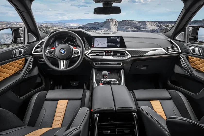 2020 BMW X6 M SUV Interior Review - Seating, Infotainment, Dashboard and  Features | CarIndigo.com