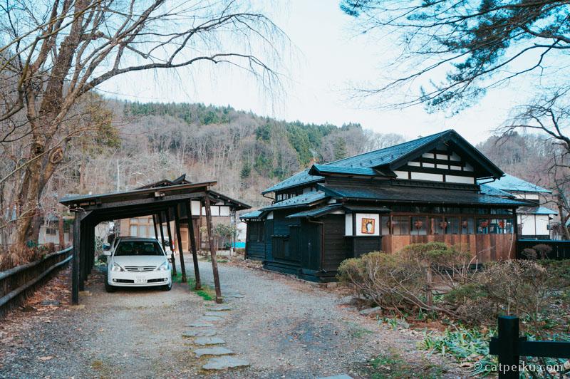 Beberapa rumah samurai disini ada penghuninya, para keturunan samurai juga katanya.