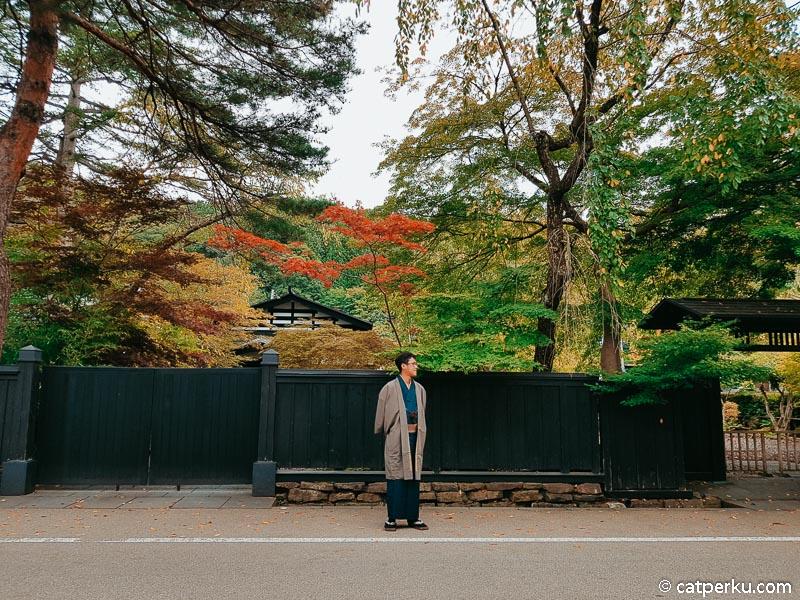 Bukeyashiki Street atau Jalan Bukeyashiki ini juga cakep buat berburu foto!