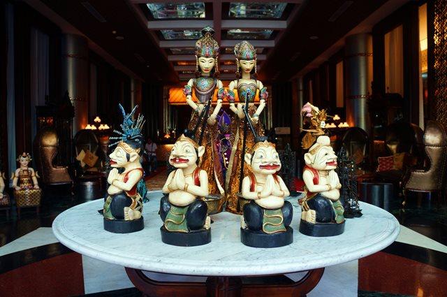 Lobi hotel The Royal Surakarta Heritage Solo menjadi favorit saya :D