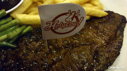 Steak Holycow! Si Super Steak Yang Enak!
