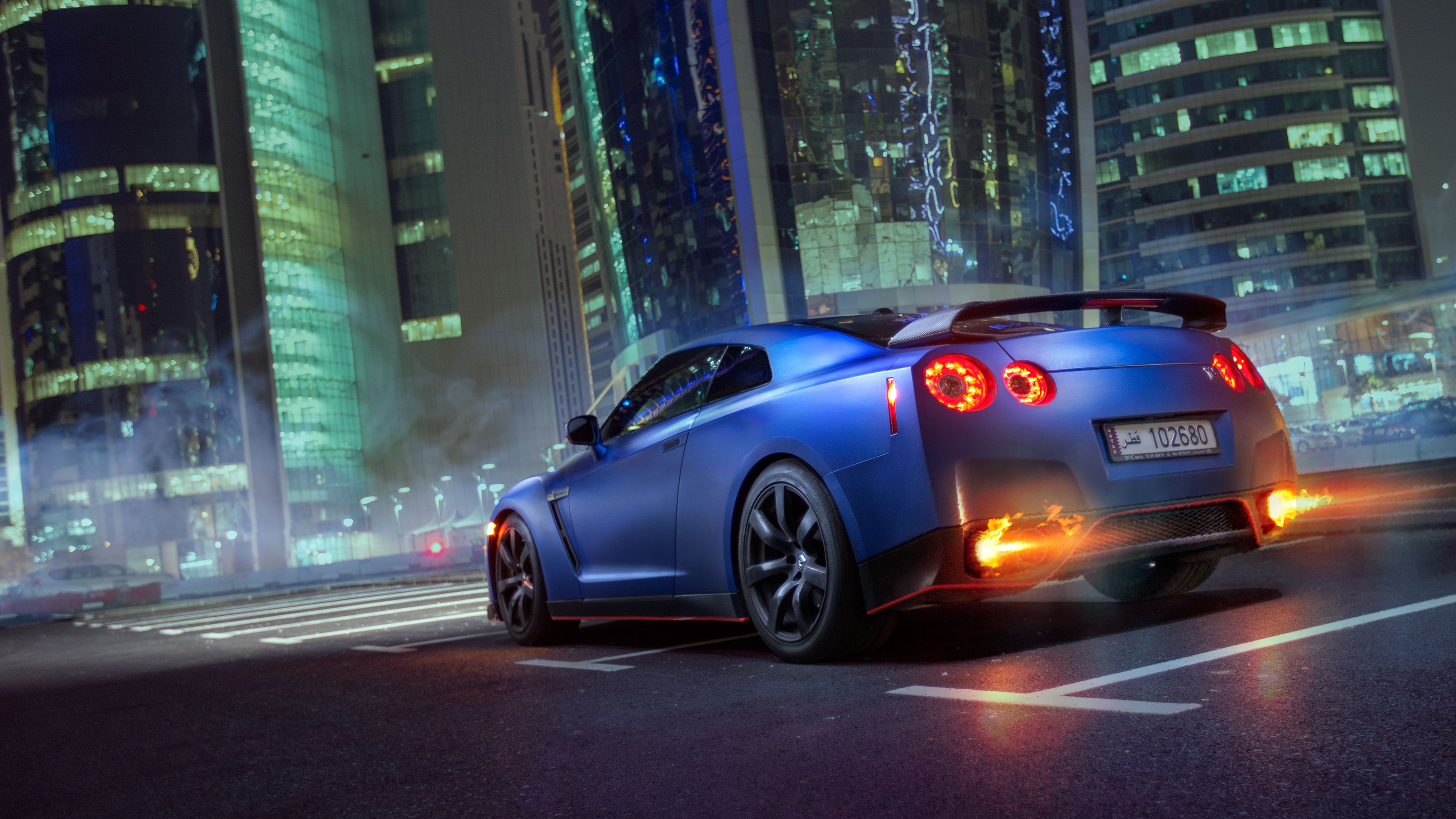 The images of the car in this application depicts the royal and luxury looks of cars which can be used in the smartphones Car Wallpaper 4k Skyline