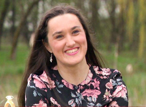 Marijano Vukelić smo nazadnje spremljali v 13. sezoni hrvaškega šova Ljubezen na vasi, kjer se je potegovala za naklonjenost Nevena Landeka. Pred tem je sodelovala tudi v resničnostni oddaji Ugodno oddam sina.