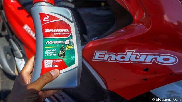 Tips memilih oli untuk sepeda motor matic yang benar nih!