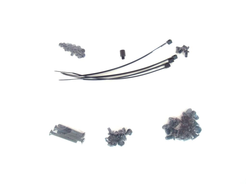 Carbide 330R Titanium Case: Packaging & Accessories