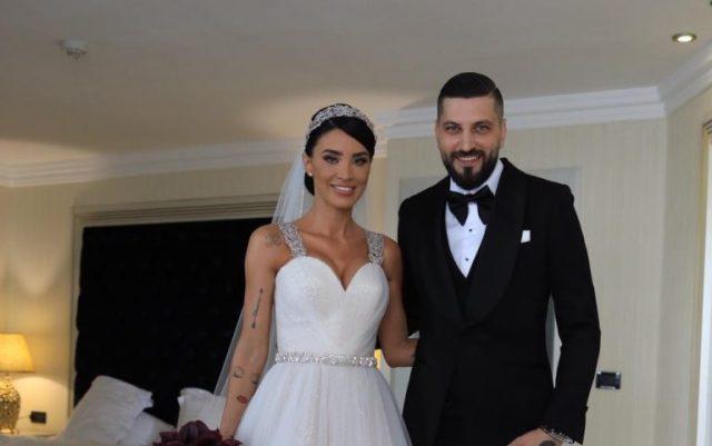 Primele imagini de la nunta Adelinei Pestritu! Cine a dus-o la Biserica! Nu este Virgil! FOTO