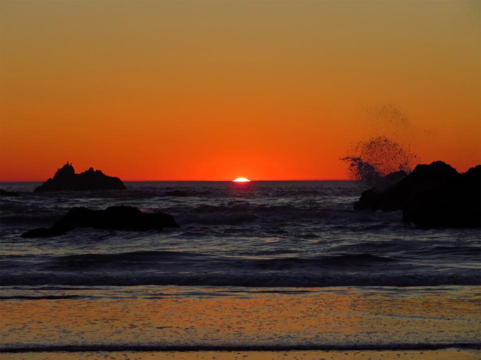 Orange Fall Wallpaper Free Photo Of Warm Ocean Sunset Stocksnap Io