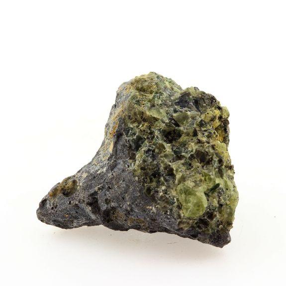 Péridotite. 48.94 ct. Mont Briançon. Haute-Loire. France