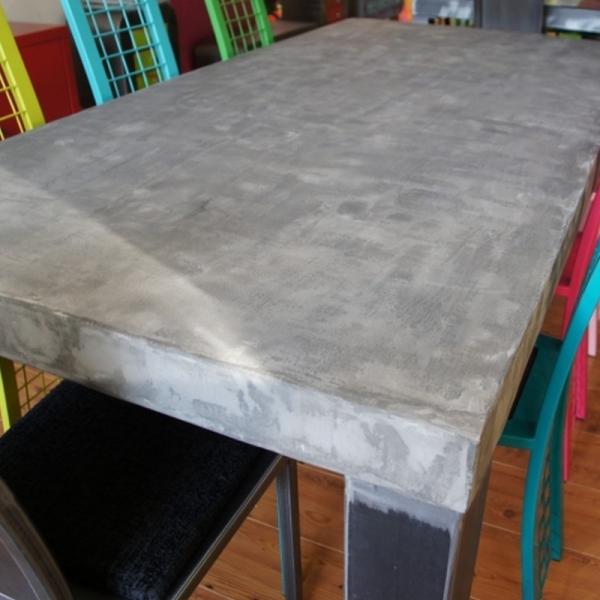 table beton design