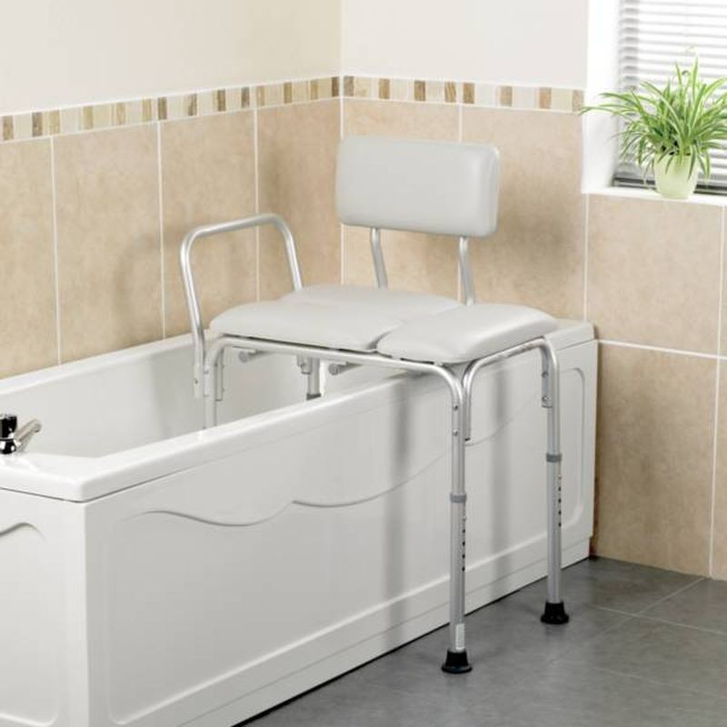 banc de transfert comfy assise et dossier ultra confort facilite le transfert dans sa baignoire