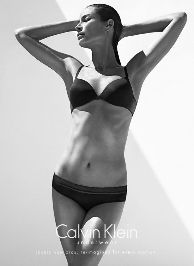 Christy Turlington amazing body Calvin Klein lingerie