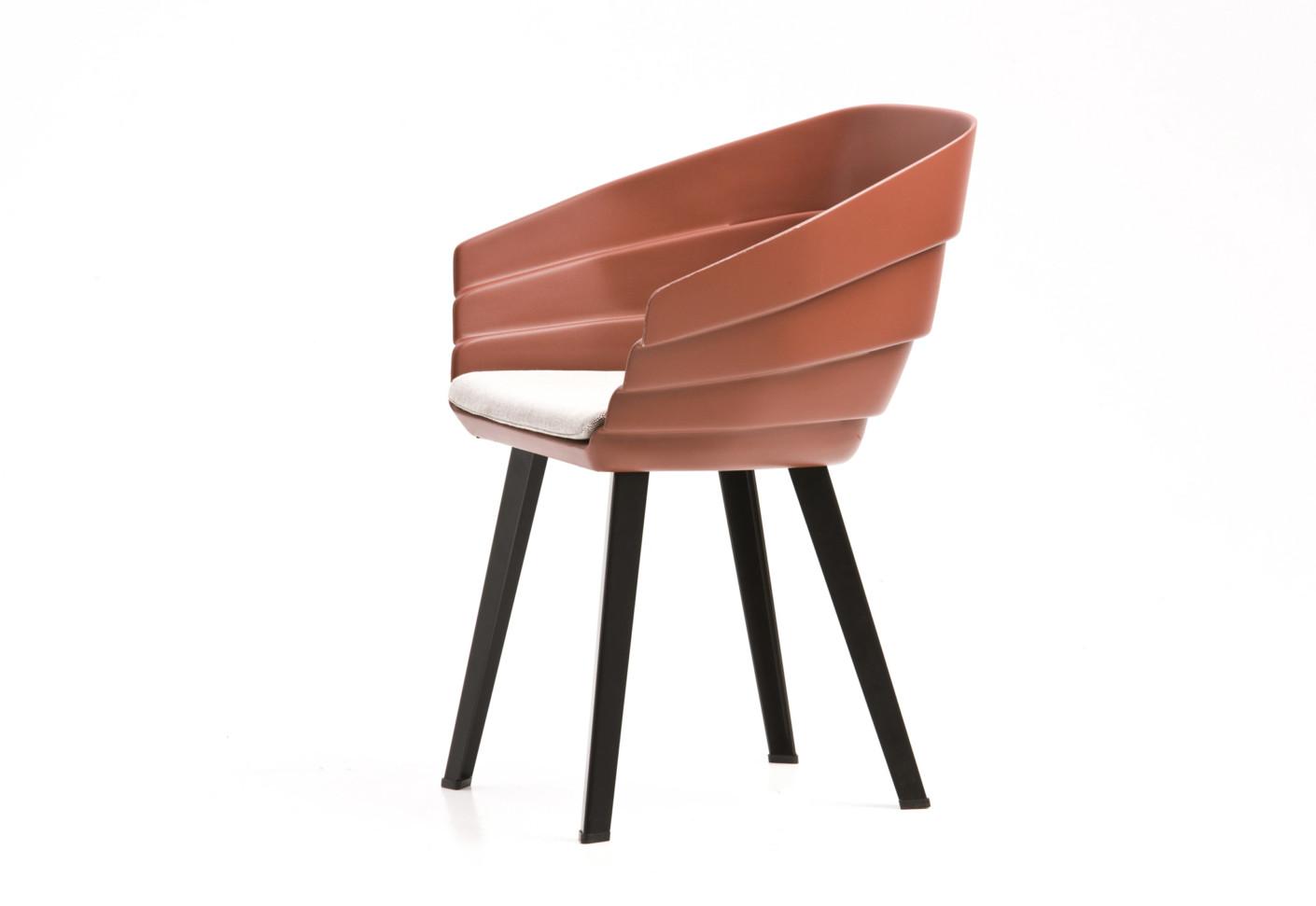 swing chair patricia urquiola clam ice fishing rift by moroso stylepark