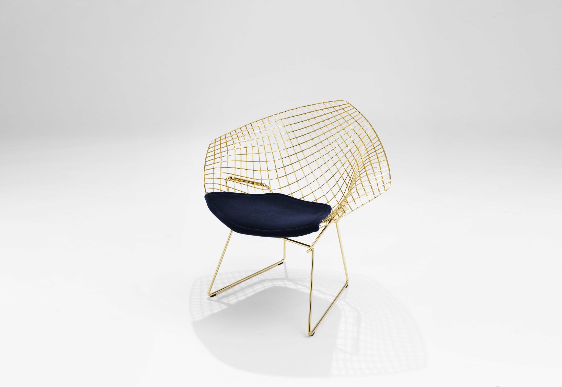 Diamond Chair Knoll Bertoia Diamond Lounge Chair Gold-plated By Knoll | Stylepark