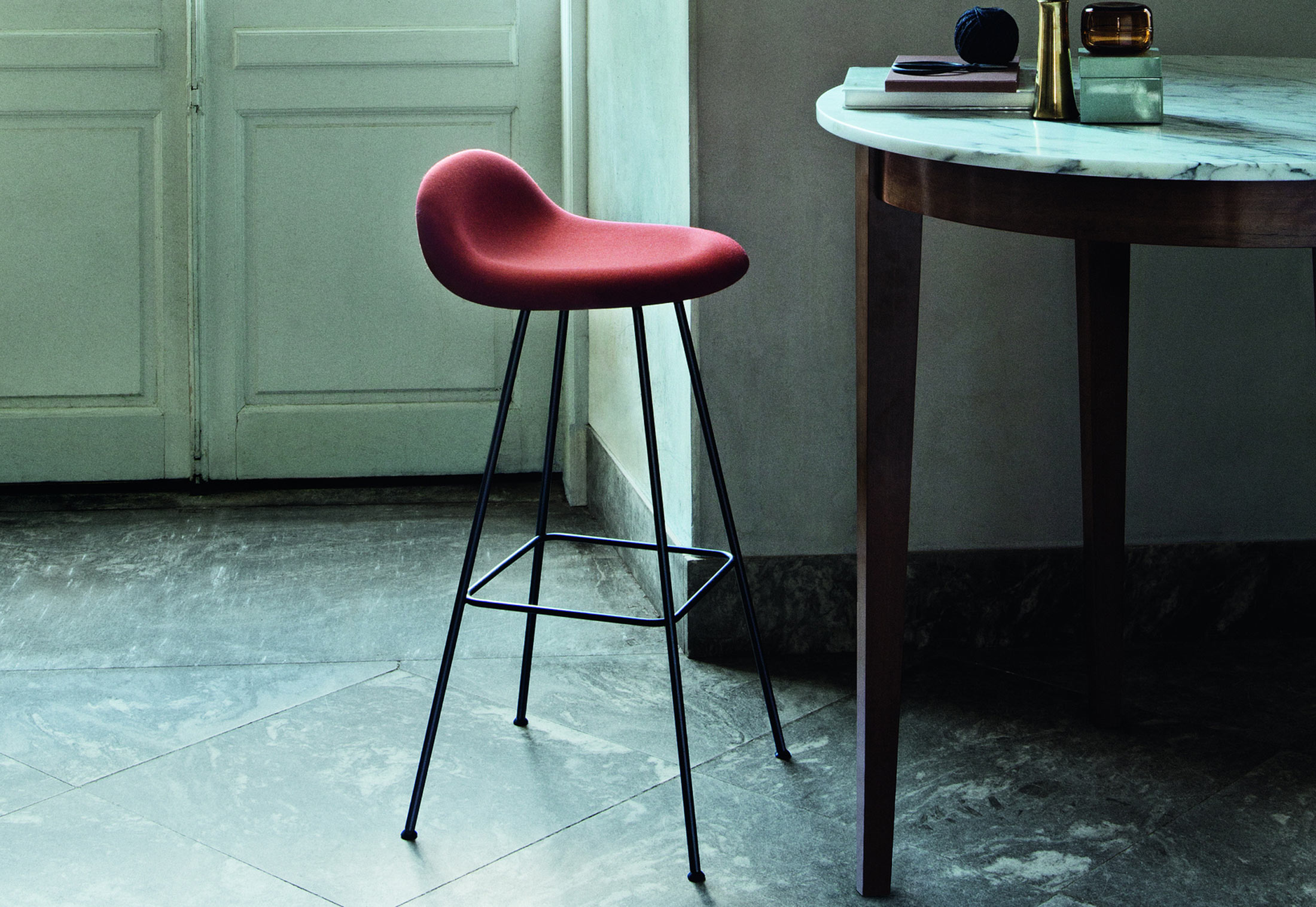 bar stool chair legs true innovations assembly instructions i with metal by gubi stylepark