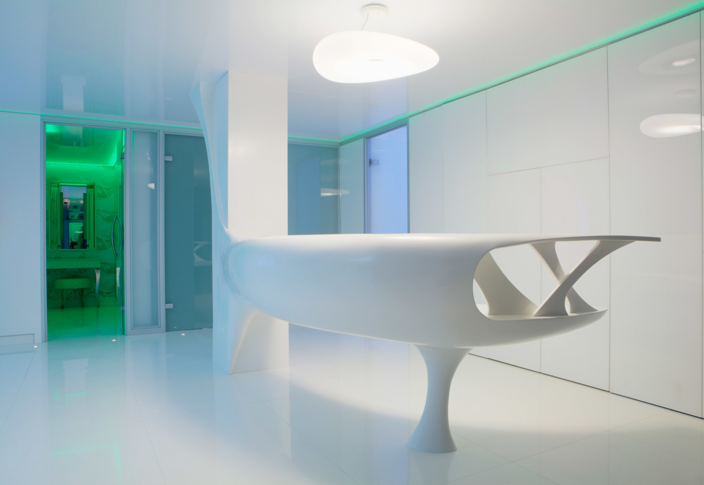 Solid Alpine White Beauty Clinic Bukarest By Hi Macs