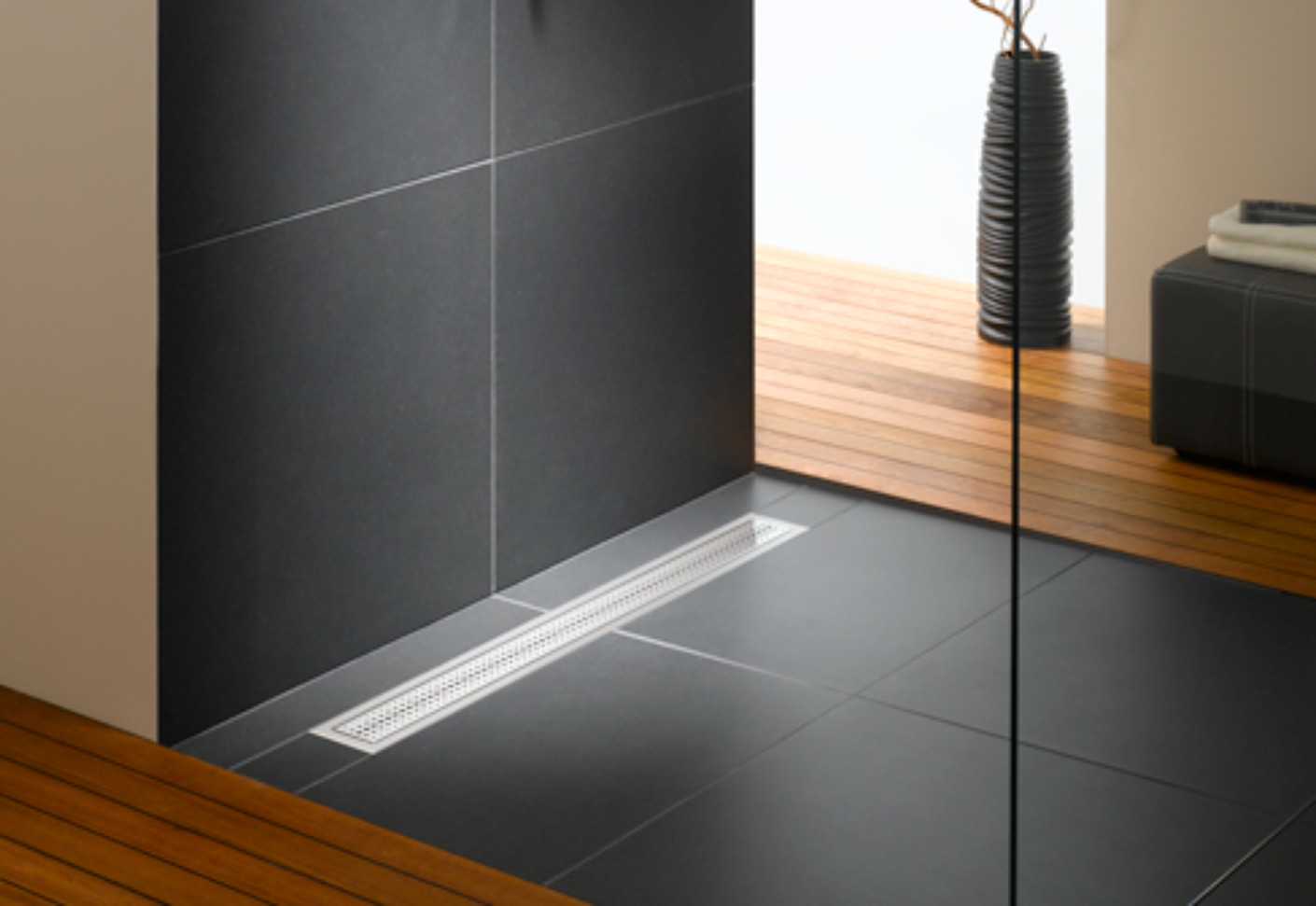 Floorlevel shower system Poresta BFR universal drain board by illbruck  STYLEPARK