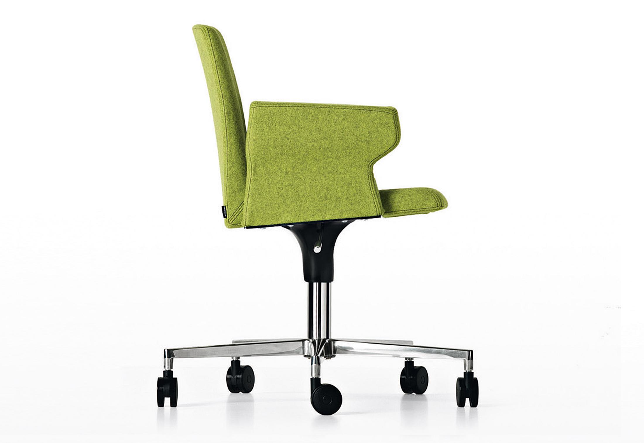 Plate swivel chair on wheels by Kristalia  STYLEPARK