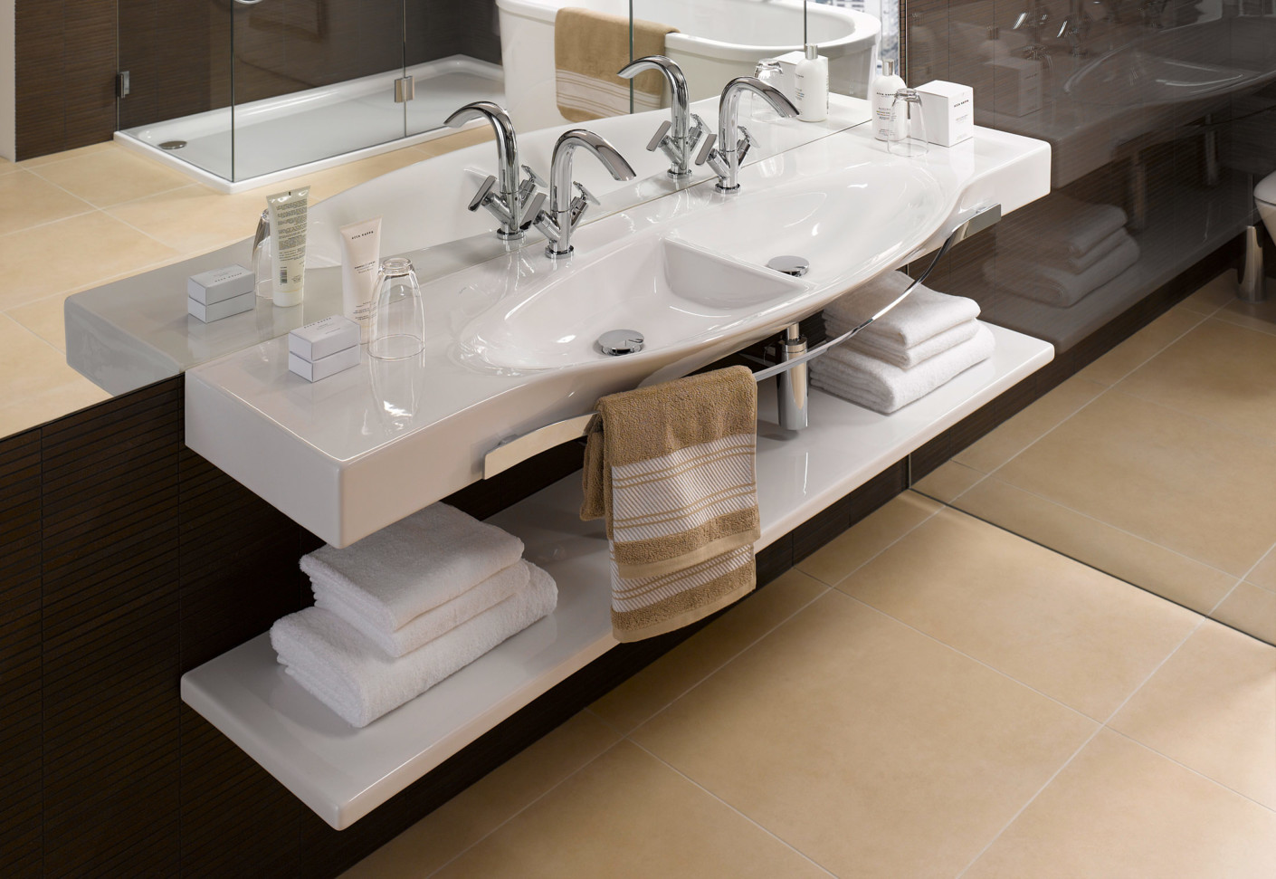 Palace double countertop washbasin by Laufen  STYLEPARK