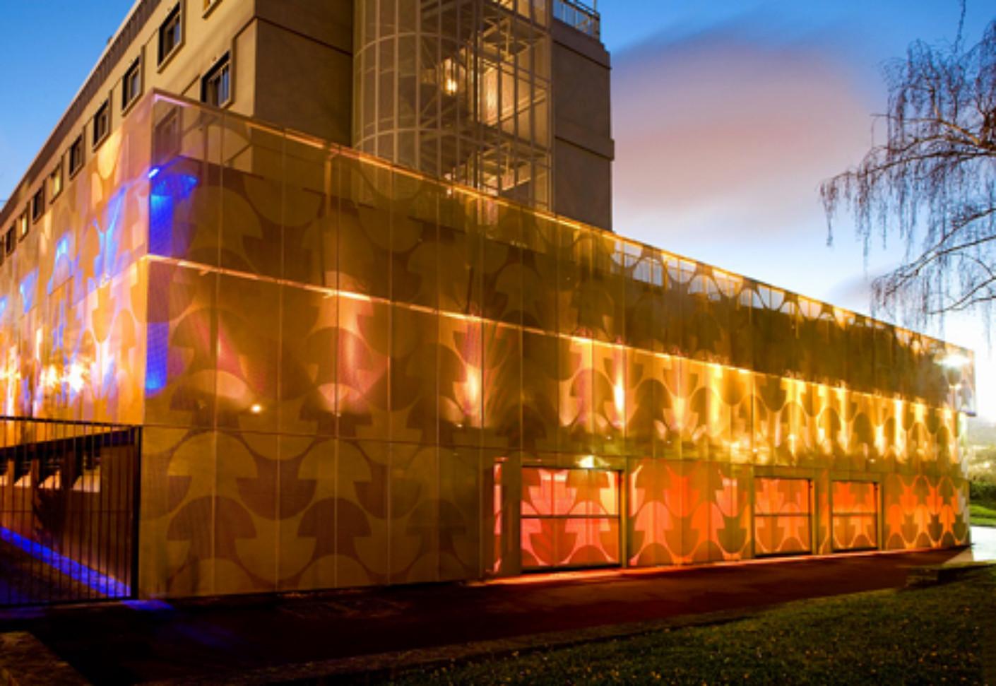 Perforated aluminium panels Maison du Portugal by RMIG  STYLEPARK