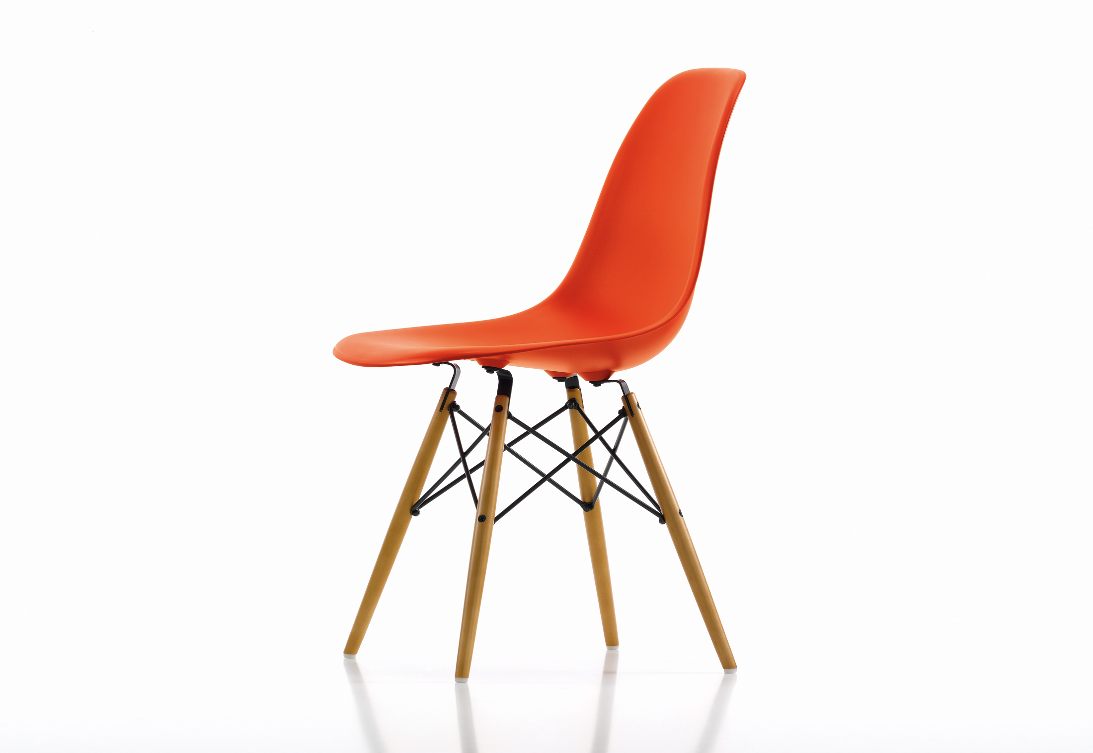 eames bucket chair wooden folding chairs plastic side dsw by vitra stylepark