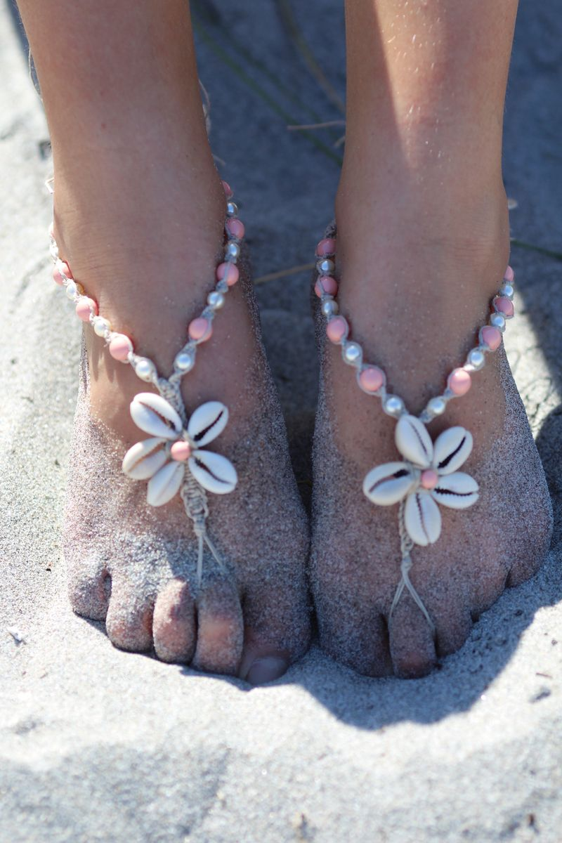 Cowrie Shell Flower Hemp Barefoot Sandals With Pearl Color