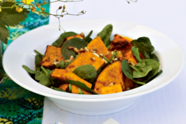 Roasted pumpkin salad with honey and balsamic dressing