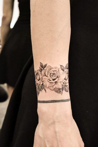 Rose With Thorns Tattoo : thorns, tattoo, Meaningful, Tattoos, Designs, Women, (2020), Hearts,, Thorns,, Vines,, Names
