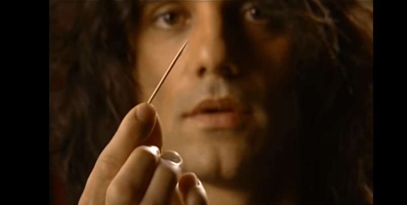 This Is How Criss Angel Achieves His Amazing Magic Tricks