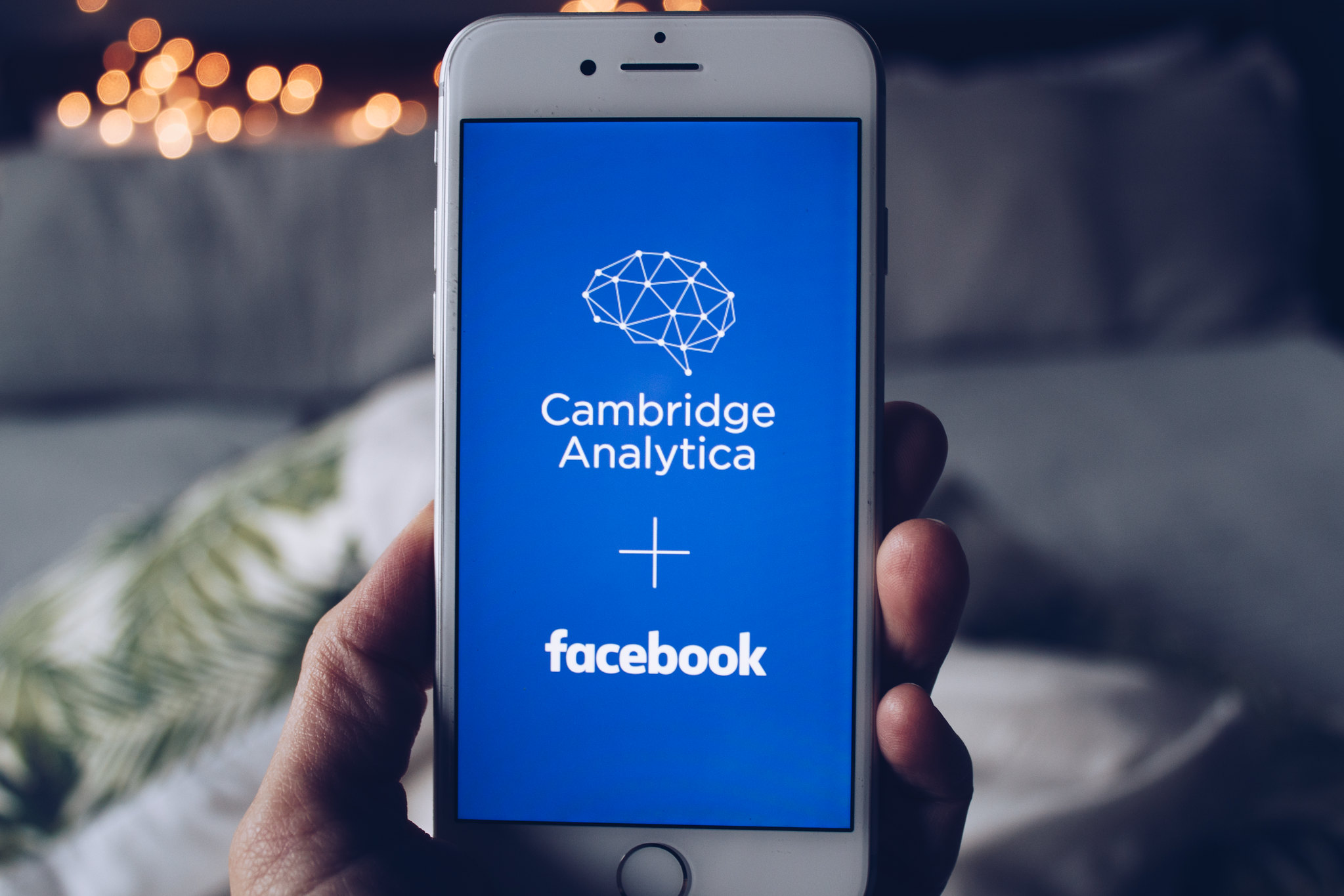 A new bill aims to protect US voters from the next Cambridge Analytica