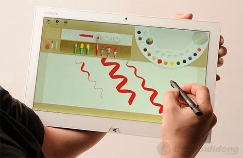 Sony Vaio Duo 13 cho thao tác thoải mái với màn hình cảm ứng
