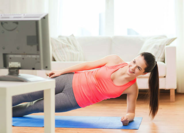 How to Exercise While Watching Television
